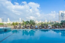 Leonardo City Tower Pool Dpi