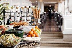 Leonardo City Tower Restaurant