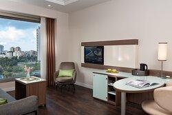 Leonardo City Tower Junior Suite Dpi