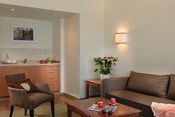 Leonardo_Haifa_Deluxe_Suit_no_Balcony_room
