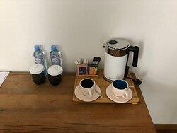 Чай, вода, кофе, сахар, чайник