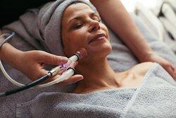 Skin Vital Konzept - ...liebes Rot-Flüh - Beauty & Spa