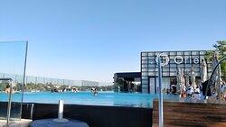 The infinite pool