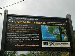 Aviso informativo de PNN Uramba Bahía Málaga, donde se encuentra ubicada la comunidad de La Sierpe.