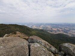 Visão a partir do topo do Pico do Lobo em Extrema (MG)