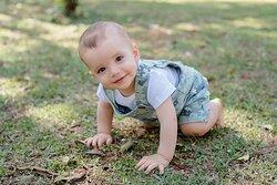 Jardineira Infantil Camuflada e Body Branco