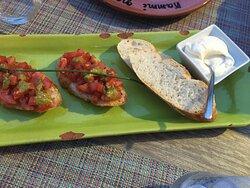 Bruschetta brød og aioli.