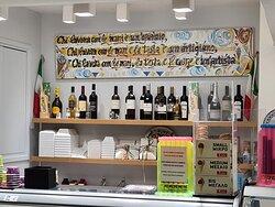 Da Roberto !!! The hand made ice cream in town 😋😍