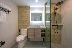COSI Room Bathroom 1