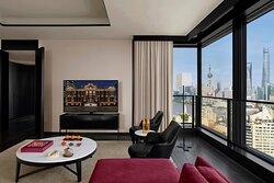 Deluxe Bund View Suite