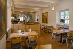 Lower restaurant 2