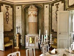 Sturehov castle - magnificen tile stove