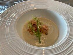 Cauliflower soup with gently smoked salmon
