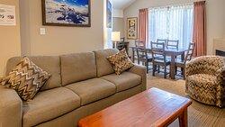 One-Bedroom Suite #459