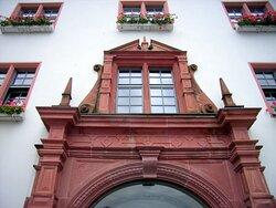 Altes historisches Rathaus, mit Ratskeller und Hausbrauerei... Teil Ansicht...