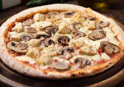 Capri Express Chalong Italian Restaurant & Coffee Shop Ham & Mushroom Pizza