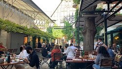 Innenhof des Restaurants