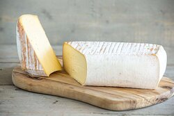 Restaurant Cheese