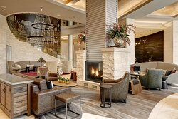 Archer Hotel Austin Lobby Lounge Overall