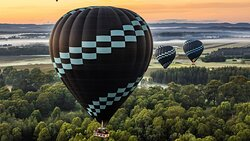 Hot air ballooning over the Hunter Valley