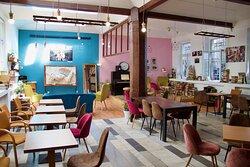Open Area / Cafe
