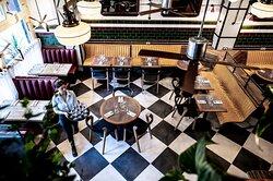 Bread Street Café