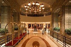 Lobby Entrance Swissotel Lima