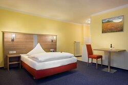 Superior single room_TOP acora Hotel und Wohnen Karlsruhe