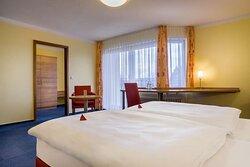 Superior double room_TOP acora Hotel und Wohnen Karlsruhe