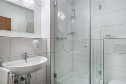 Superior Bathroom TOP acora Hotel Dusseldorf