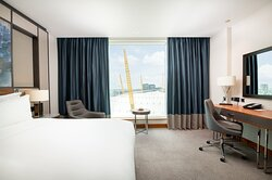 Deluxe Room with The O2 view
