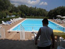piscina vista dal ristorante