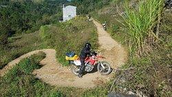 Vietnam motorbike tour single track