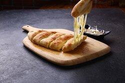 The Lio Pizza Jaisalmer Menu - Garlic Bread