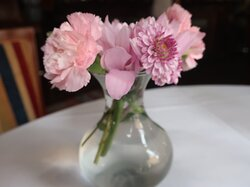 Love the flowers on the table.