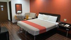 MH Relax Inn Franklin IN Amenities Guestroom King