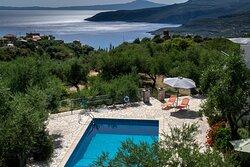 Pool & Coast view