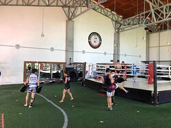 Good time to do a good Muaythai training at our place 😎😎🤛🤛welcome to Chiangmai Muay Thai Gym!!