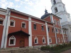 Храм Успения Пресвятой Богородицы в Николо-Угрешском монастыре
