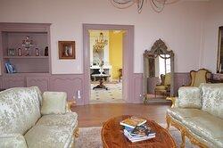 Chateau Masburel guest sitting room