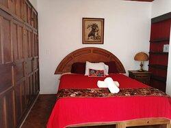 habitación 2, ole ole, con balcón, cama king size