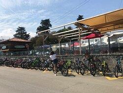 Hay hasta aparcamiento para bicis