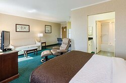 Suite with two beds
