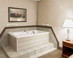 Spacious suite with hot tub