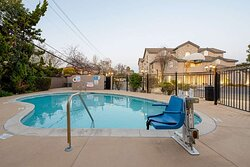 Outdoor pool with hot tub