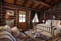 Wood Cabin Suite