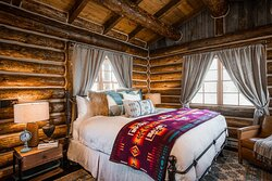 Shellywood Cabin Suite