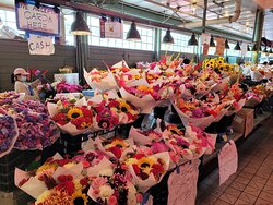 The beautiful flowers at the market.