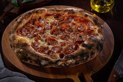 La Braciera a melhor Pizza de SP, ingredientes importados e receita tradicional com fermentação lenta