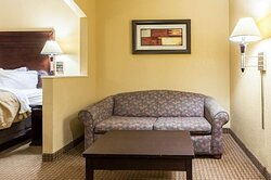 Suite with sofa sleeper